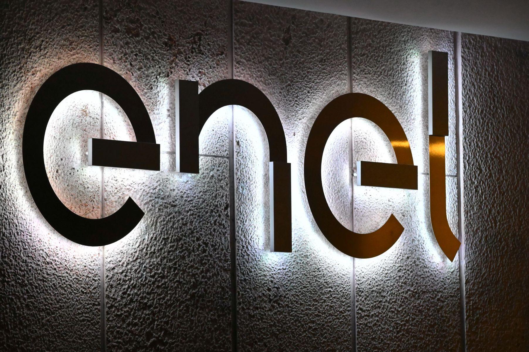 Enel annuncia cambiamenti al top management