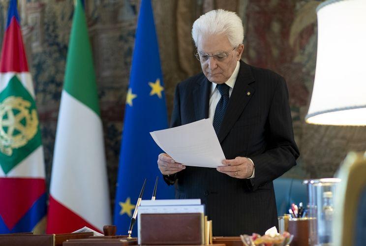 """Strage Bologna, Mattarella """"Esigenza di piena verità e giustizia"""""""