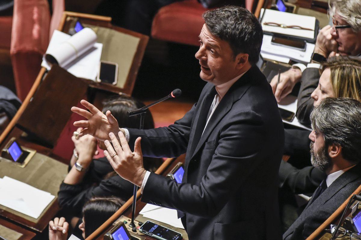 """Renzi """"Basta rinvii, non si governa inseguendo il consenso"""""""