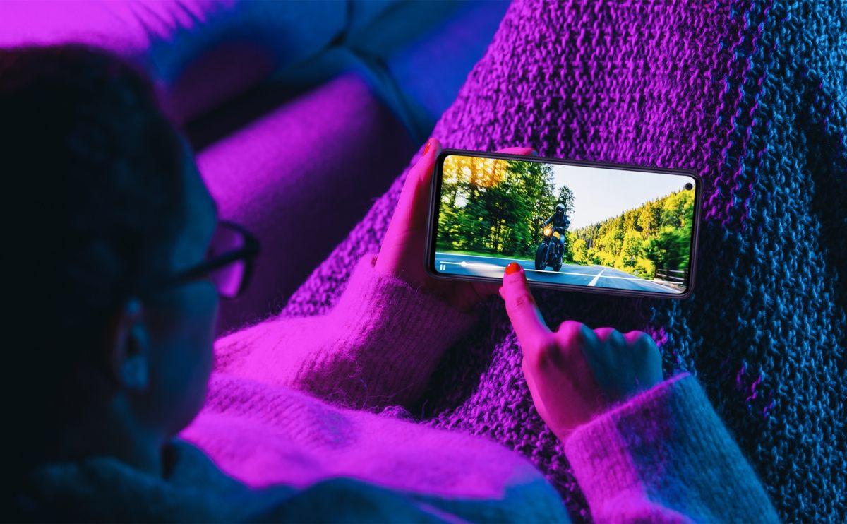 Il palinsesto televisivo diventa ibrido e multi device
