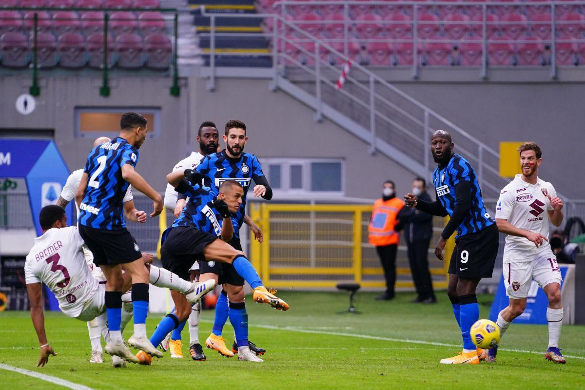 L'Inter ribalta il Torino, volano Sassuolo e Roma