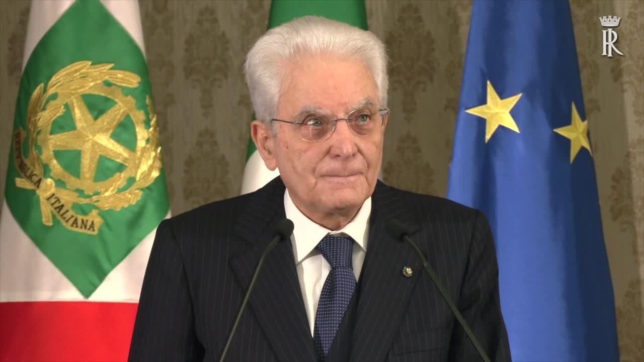 """Mattarella """"Il Covid tende a dividerci, evitare polemiche"""""""