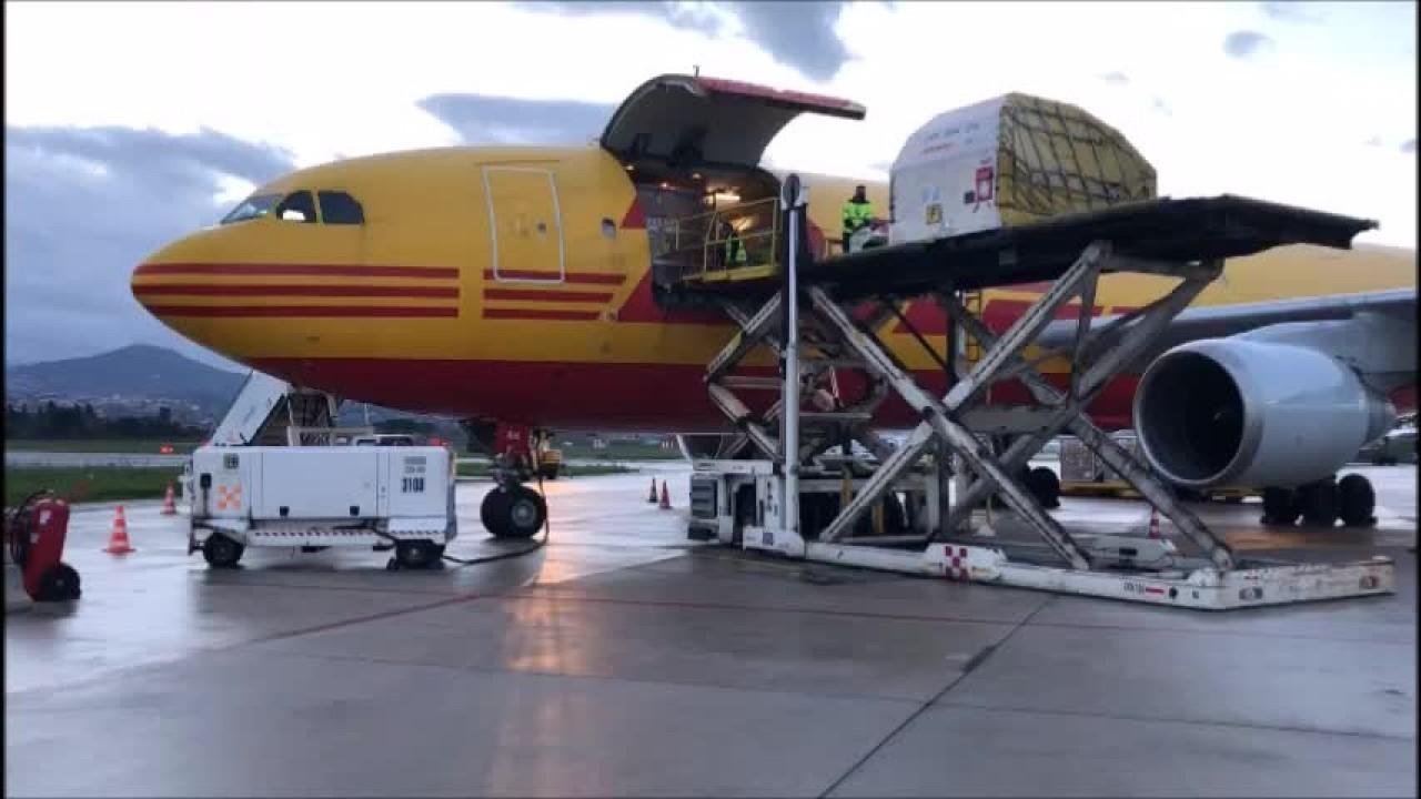 Giunto a Ciampino aereo con migliaia di dosi vaccino