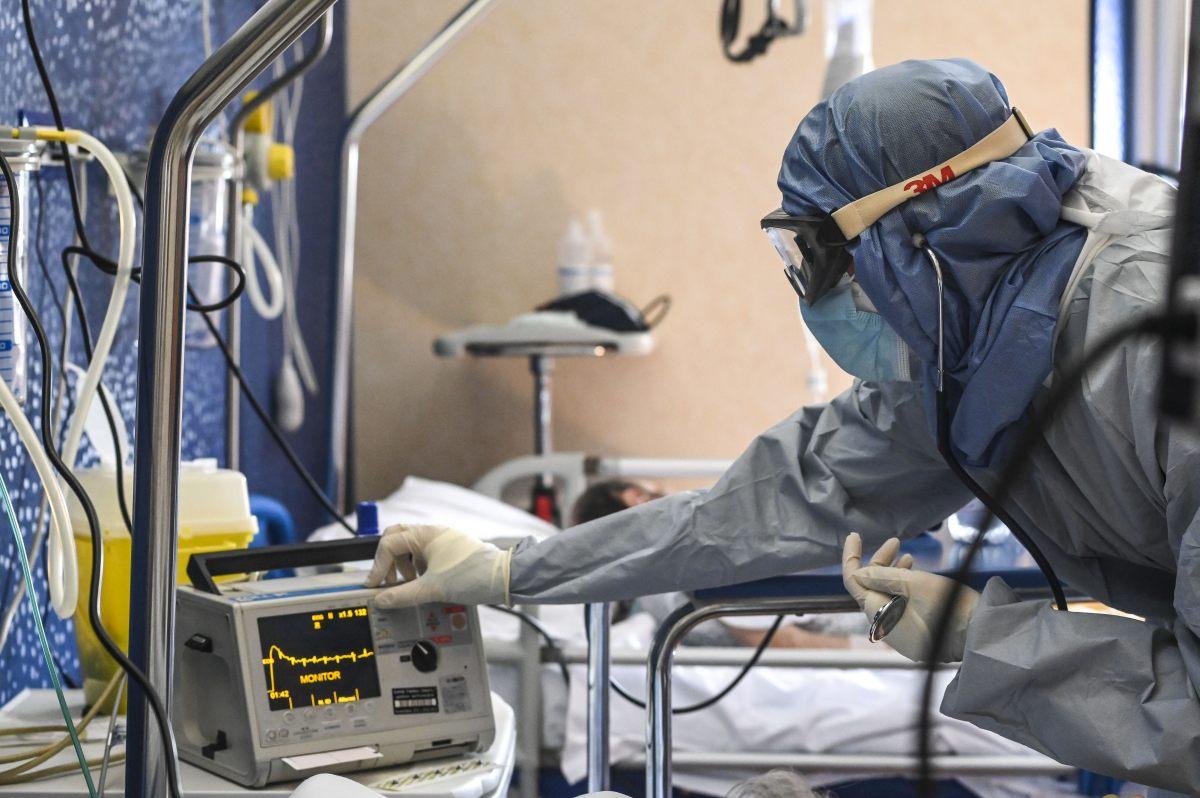 Coronavirus, 17.246 nuovi casi e 522 decessi in 24 ore