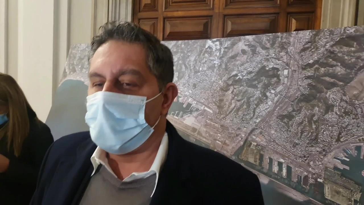 """Toti """"Nuova diga serve per rendere competitivo il porto di Genova"""""""